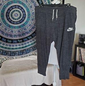 Nike Capri Joggers